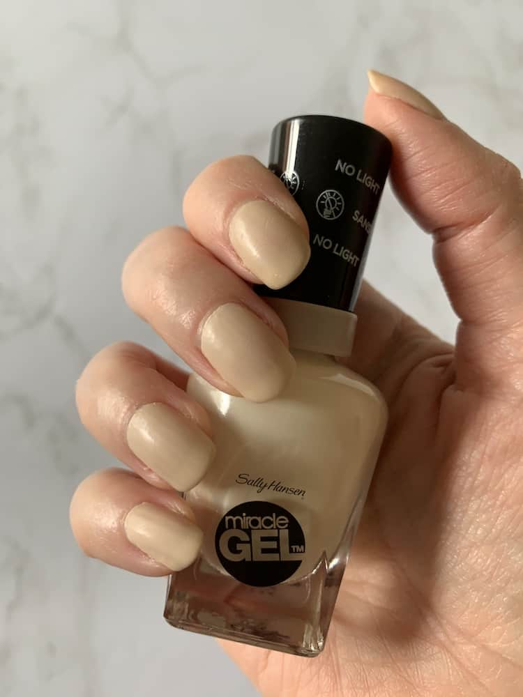 Sally Hansen Miracle Gel At Home Manicure in Birthday Suit