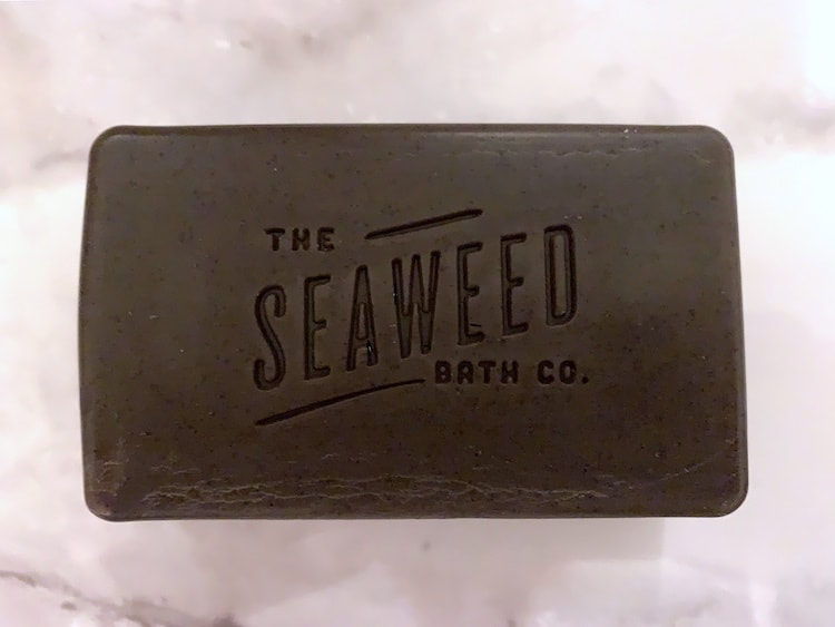 The Seaweed Bath Co Exfoliating Detox Body Soap with Arabica Coffee and Cinnamon