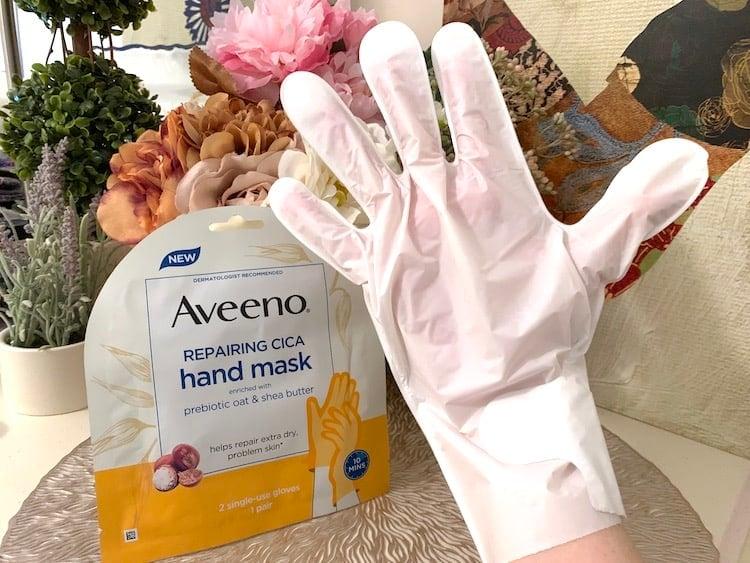 Aveeno Repairing Cica Hand Mask with Glove