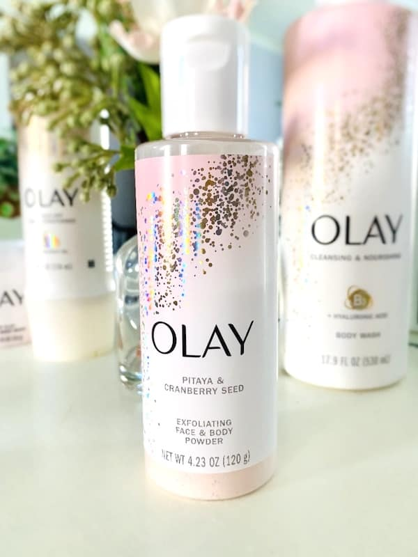 Olay Exfoliating Face & body Powder with Pitaya and Cranberry Seed