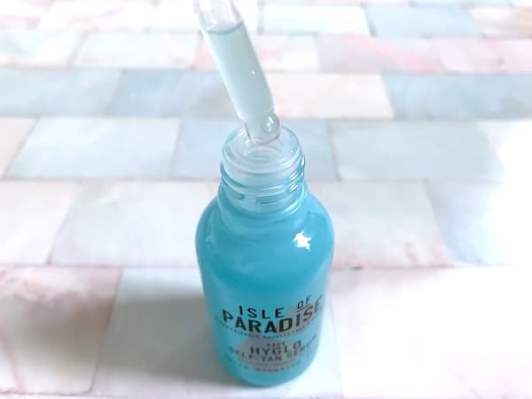 Isle of Paradise Hyglo Self-Tan Serum with Hyaluronic Acid with Dropper