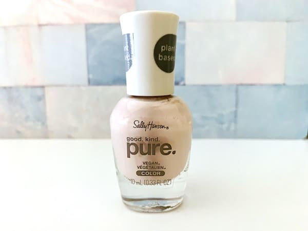 Sally Hansen Good. Kind. Pure. Nail Polish Elderflower Power