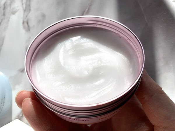 Good Molecules Instant Cleansing Balm Open