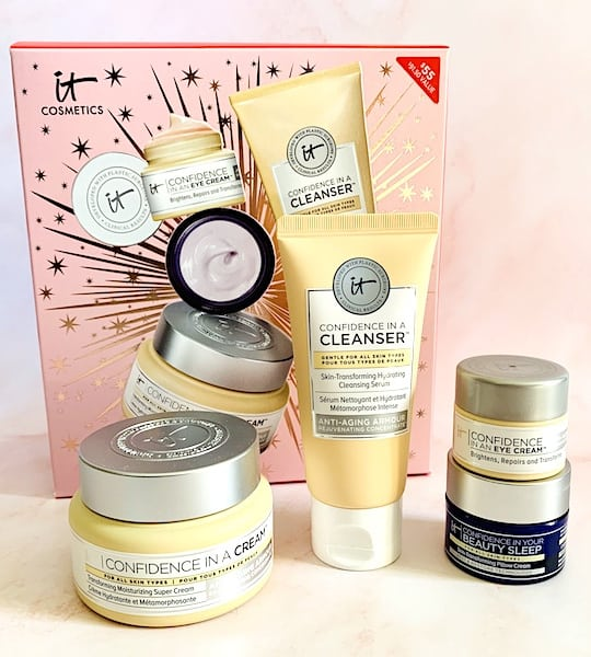 It Cosmetics Celebrate Confidence in Your Skincare Anti-Aging Set